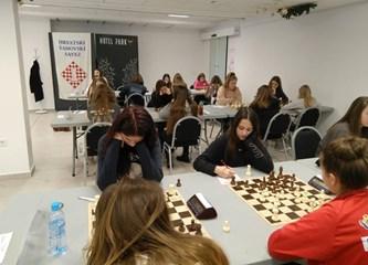 Trijumf za kraj godine: Nova titula prvakinja Hrvatske za mlade šahistice Poleta